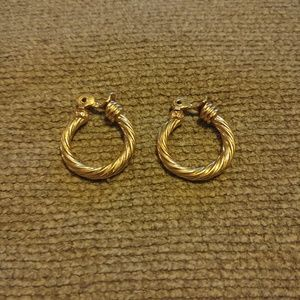 Intricate Gold Tone CLIP earrings